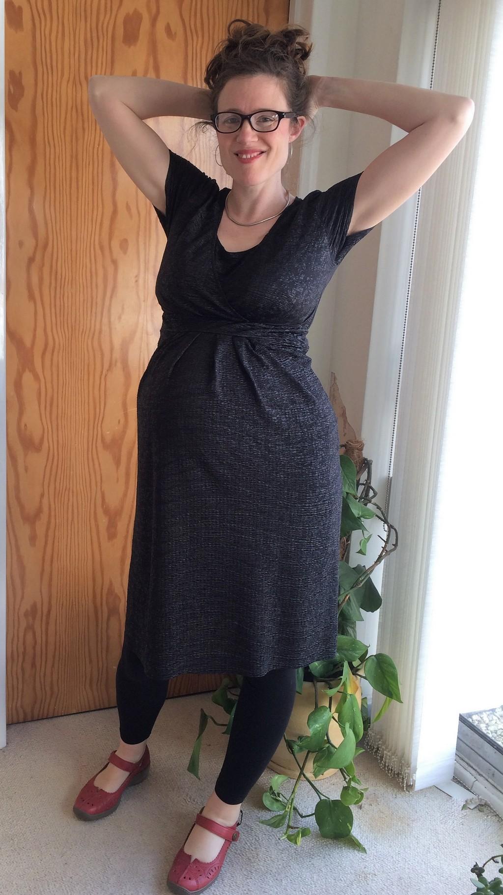 Megan Nielsen Amber Maternity nursing dress