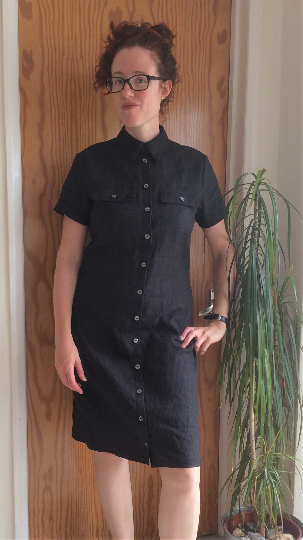 Black linen shirt dress Vogue v8903